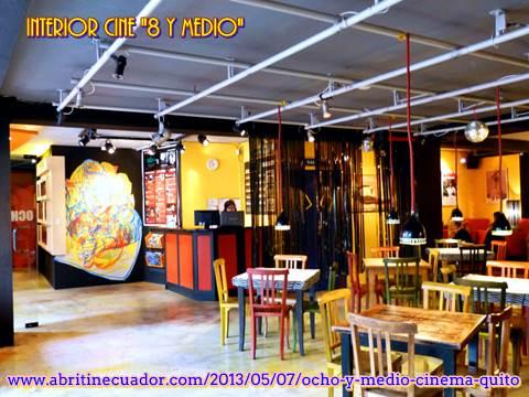29 - Interior sala de cine '8 y medio' (www.abritinecuador.com_2013_05_07_ocho-y-medio-cinema-quito)